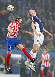 12.05.2010, Hamburg Arena, Hamburg, GER, UEFA Europa League Finale, Atletico Madrid vs Fulham FC im Bild.Atletico de Madrid's Tomas Ujfalusi against Fulham's Brede Hangeland. EXPA Pictures © 2010, PhotoCredit: EXPA/ nph/  Alvaro Hernandez / SPORTIDA PHOTO AGENCY