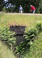 BRUMMEN - Tee Hole 2, afslaan vanaf een ijskelder. Golfbaan Engelenburg , COPYRIGHT KOEN SUYK