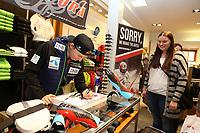 Alpint<br /> FIS World Cup<br /> Sölden Østerrike<br /> 23.10.2015<br /> Foto: Gepa/Digitalsport<br /> NORWAY ONLY<br /> <br /> Energiapura, autograph session. <br /> Image shows Henrik Kristoffersen (NOR)