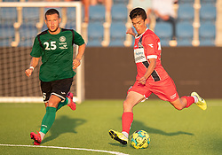 Elijah Just (FC Helsingør) og Lucas Rejnhold Steen (Næstved Boldklub) under træningskampen mellem FC Helsingør og Næstved Boldklub den 19. august 2020 på Helsingør Stadion (Foto: Claus Birch).