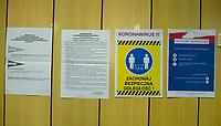 Bialystok, 28.06.2020. Wybory prezydenckie 2020. N/z przygotowania do otwarcia OKW nr 82; informacja o zasadach bezpieczenstwa sanitarnego w lokalu wyborczym fot Michal Kosc / AGENCJA WSCHOD