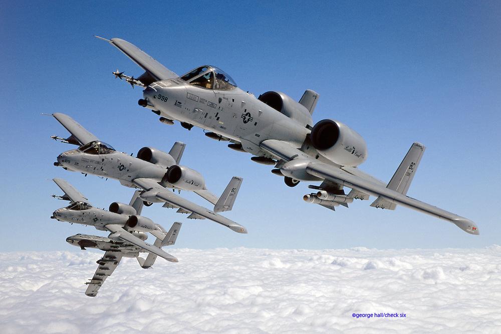 A-10 flight formation, breaking away