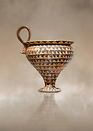 Minoan clay cup decorted design, Speial Palatial Style , Knossos Palace 1500-1450 BC BC, Heraklion Archaeological  Museum. .<br /> <br /> If you prefer to buy from our ALAMY PHOTO LIBRARY  Collection visit : https://www.alamy.com/portfolio/paul-williams-funkystock/minoan-art-artefacts.html . Type -   Heraklion   - into the LOWER SEARCH WITHIN GALLERY box. Refine search by adding background colour, place, museum etc<br /> <br /> Visit our MINOAN ART PHOTO COLLECTIONS for more photos to download  as wall art prints https://funkystock.photoshelter.com/gallery-collection/Ancient-Minoans-Art-Artefacts-Antiquities-Historic-Places-Pictures-Images-of/C0000ricT2SU_M9w