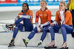 10-12-2016 NED: ISU World Cup Speed Skating, Heerenveen<br /> Team sprint Bo van der Werff,  Anice  Das, Floor van den Brandt