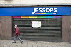 Closed Jessops shops with 'To Let' sign