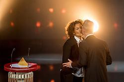 21-12-2016 NED: Sportgala NOC * NSF 2016, Amsterdam<br /> In de Amsterdamse RAI vindt het traditionele NOC NSF Sportgala weer plaats / Lucia Rijker en Vincent Wevers (turnen)  'Coach van het Jaar 2016'