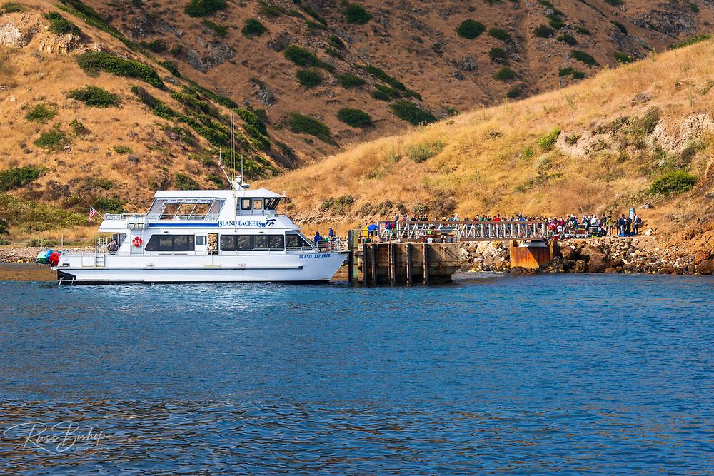 Island Packers boat at Scorpion Ranch, Santa Cruz Island, Channel Islands National Park, California USA