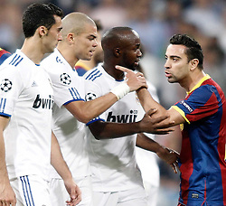 27-04-2011 VOETBAL: SEMI FINAL CL REAL MADRID - FC BARCELONA: MADRID<br /> Alvaro Arbeloa, Pepe and Marcelo argue with Sergio Busquets and Xavi Hernandez <br /> *** NETHERLANDS ONLY***<br /> ©2011-FH.nl-nph/ Alvaro Hernandez