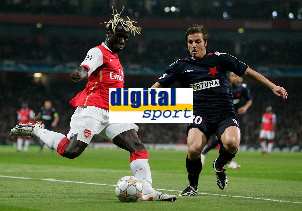 Photo: Tom Dulat.<br /> Arsenal v Slavia Prague. Group H, UEFA Champions League. 23/10/2007.<br /> Milan Ivana of Slavia Prague and Bacary Sagna of Arsenal with the ball.