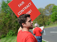 Independent Laboratory Employees Union members strike May 2, 2019, outside the Exxon Mobil Corp. research facility on U.S. 22 in Annandale, New Jersey. (Photo by Matt Smith)