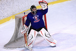 Goalkeeper Peter Skrabelj at friendly ice-hockey game between Slovenian National Team U20 and HKMK Bled, before World Championship Division 1, Group A in Herisau, Switzerland, on December 11, 2008, in Bled, Slovenia. (Photo by Vid Ponikvar / Sportida)