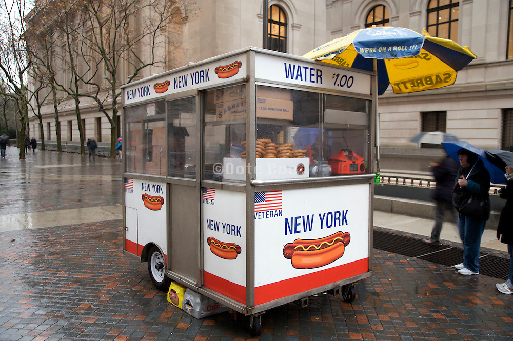 food cart run by a veteran at the MET museum in NYC