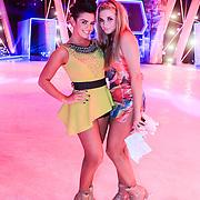 NLD/Hilversum/20130126 - 5e Liveshow Sterren Dansen op het IJs 2013, Laura Ponticorvo met Gaby Blaaser