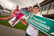 NO FEE PICTURES<br /> 20/1/16 Discover a variety of breathtaking holiday destinations at the Holiday World Show Dublin taking place in the RDS Simmonscourt from tomorrow, Friday 22nd January, through to Sunday, 24th January. Model Nathan are pictured with Eddie McGuinness, who is launching this years The Outing, LGBT match making at this years Match Making festival in Lisdoonvarna. <br /> For further information on the Holiday World Show 2016 visit www.holidayworldshow.com Picture: Arthur Carron