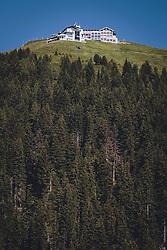 THEMENBILD - Schmittenhöhebahn Bergstation auf der Schmitten, aufgenommen am 30. Juli 2020 in Zell am See, Österreich // Schmittenhoehebahn mountain station, Zell am See, Austria on 2020/07/30. EXPA Pictures © 2020, PhotoCredit: EXPA/ JFK