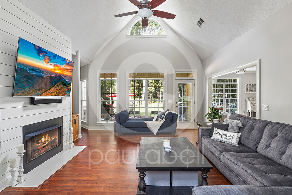 General interior real estate imagery of a home located at 105 Glenda, DR, Bonaire, GA. (Paul Abell via Abell Architectural and Real Estate Photography for Victoria Payne)