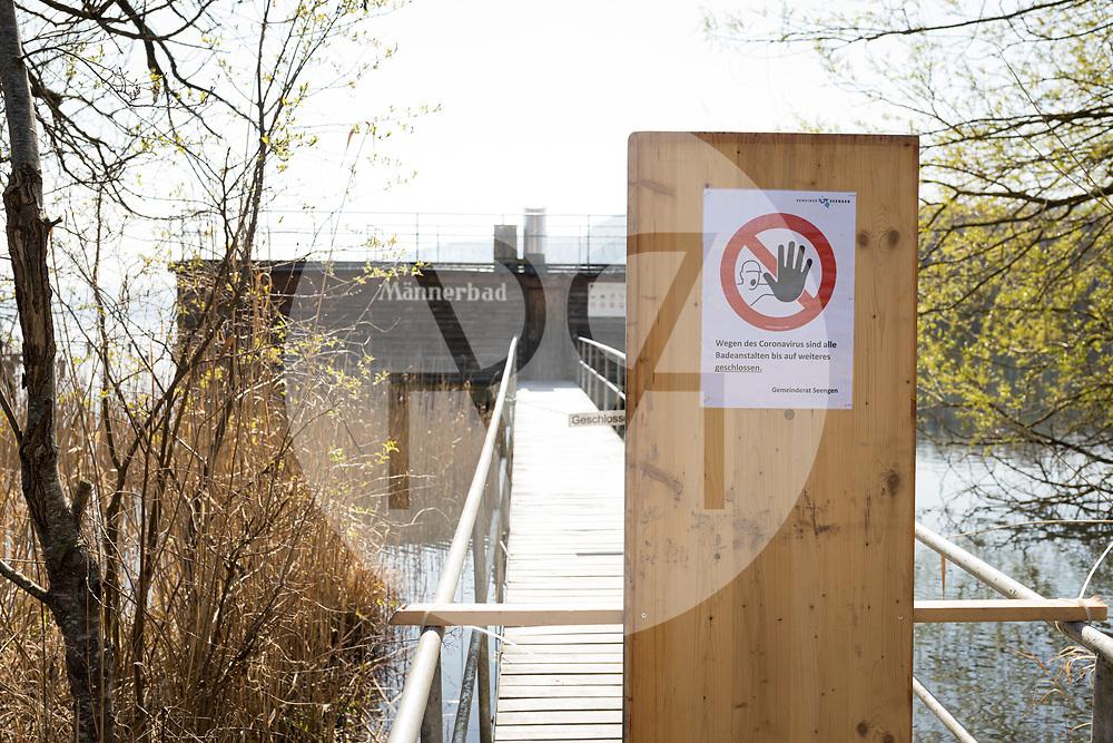SCHWEIZ - SEENGEN - Geschlossenes Männerbad am Hallwilersee, in der Zeit der Coronavirus-Pandemie - 28. März 2020 © Raphael Hünerfauth - http://huenerfauth.ch