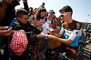 Romain Bardet (FRA - AG2R - La Mondiale) Fans, autograph, during the 105th Tour de France 2018, Stage 8, Dreux - Amiens Metropole (181km) on July 14th, 2018 - Photo Luca Bettini / BettiniPhoto / ProSportsImages / DPPI