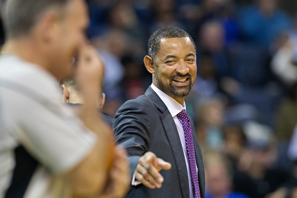 MEMPHIS, TN - NOVEMBER 25:  Assistant Coach Juwan Howard of the Miami Heat talks with a official during a game against the Memphis Grizzlies at the FedExForum on November 25, 2016 in Memphis, Tennessee.  The Heat defeated the Grizzlies 90-81.  NOTE TO USER: User expressly acknowledges and agrees that, by downloading and or using this photograph, User is consenting to the terms and conditions of the Getty Images License Agreement.  (Photo by Wesley Hitt/Getty Images) *** Local Caption *** Juwan Howard