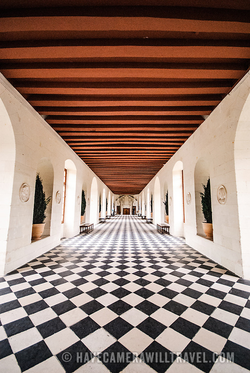 Cheateau de Chenonceau's famous gallery, an ornate ballroom space spanning the River Cher 60 metres long.