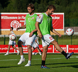 21.07.2010, Sportstadion, Flachau, AUT, Fussball Trainingslager, 1. FSV Mainz05, im Bild Jan Kirchhoff und Andreas Ivanschitz. EXPA Pictures © 2010, PhotoCredit: EXPA/ J. Groder / SPORTIDA PHOTO AGENCY