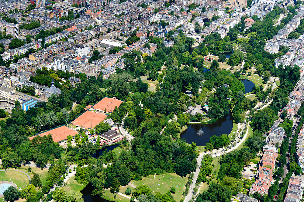 Nederland, Noord-Holland, Amsterdam, 29-06-2018; Amsterdam Oud-Zuid, Vondelpark, uitspanning Groot Melkhuis, Lawn Tennis Club Festina.<br /> <br /> luchtfoto (toeslag op standard tarieven);<br /> aerial photo (additional fee required);<br /> copyright foto/photo Siebe Swart