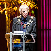 NLD/Amsterdam/20181126 - Maxima reikt Pr. Bernhard Cultuurfondsprijs uit, Reinbert de Leeuw krijgt de ketting