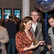 NLD/Amsterdam/20190206- De Waarheid premiere, Ursul de Geer en partner ..........