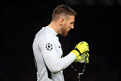 5 December 2017 -  UEFA Champions League (Group C) - Chelsea v Atletico Madrid - Jan Oblak of Atletico Madrid drinks from a water bottle - Photo: Marc Atkins/Offside