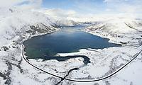Gullesfjorden er en fjordarm på Hinnøya i Kvæfjord kommune i Troms.