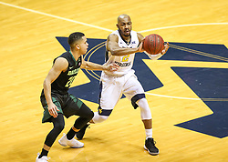 Jan 9, 2018; Morgantown, WV, USA; West Virginia Mountaineers guard Jevon Carter (2) passes the ball during the first half against the Baylor Bears at WVU Coliseum. Mandatory Credit: Ben Queen-USA TODAY Sports