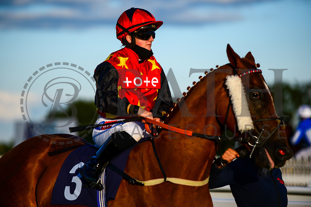 Agent Gibbs ridden by Hollie Doyle and trained by John O'Shea - Mandatory by-line: Dougie Allward/JMP - 10/07/2020 - HORSE RACING - Bath Racecourse - Bath, England - Bath Races