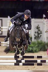 Mandli Beat, SUI, Pozitano<br /> World Cup Final Jumping - Las Vegas 2000<br /> © Hippo Foto - Dirk Caremans