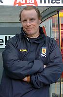 Fotball<br /> Treningskamp<br /> Danmark v Skottland<br /> 28. april 2004<br /> Foto: Digitalsport<br /> NORWAY ONLY<br /> <br /> BERTI VOGTS (COACH SCOTLAND)