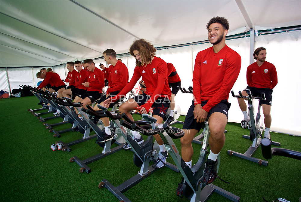 CARDIFF, WALES - Friday, September 7, 2018: Wales' Tyler Roberts on a warm-up bike during a training session at the Vale Resort ahead of the UEFA Nations League Group Stage League B Group 4 match between Denmark and Wales. (Pic by David Rawcliffe/Propaganda)