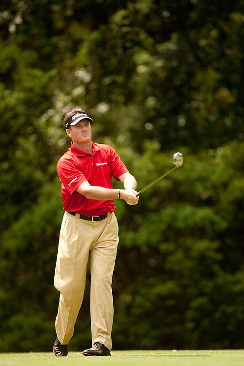 HILTON HEAD, SC - APRIL 19:  Todd Hamilton watches his tee shot during the fourth round of the 2009 Verizon Heritage in Hilton Head, South Carolina at Harbour Town Golf Links on Sunday, April 19, 2009. (Photograph by Darren Carroll) *** Local Caption *** Todd Hamilton