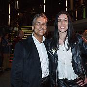 NLD/Zaandam/20131113 - Inloop premiere Nederland Musicalland, Robert Schoemacher en Ellen Bandita