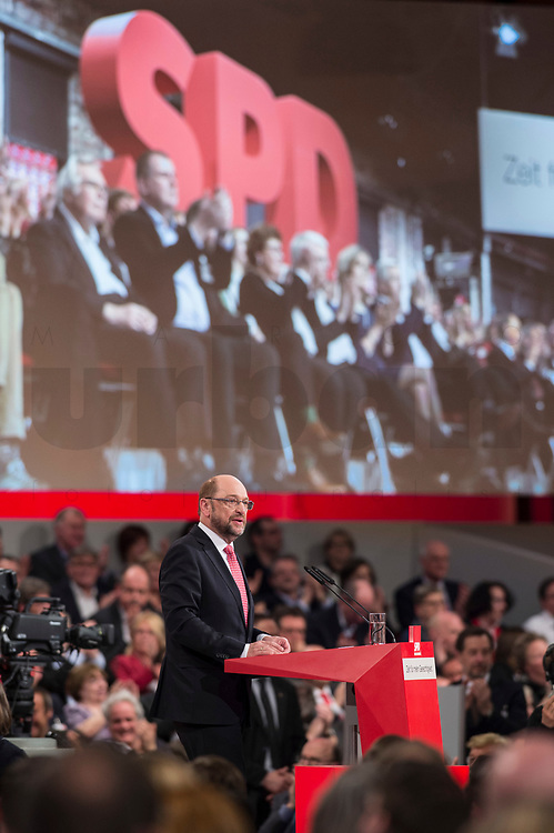 19 MAR 2017, BERLIN/GERMANY:<br /> Martin Schulz, SPD, haelt seine Rede vor seiner Wahl zum SPD Parteivorsitzenden und SPD Spitzenkandidat der Bundestagswahl, a.o. Bundesparteitag, Arena Berlin<br /> IMAGE: 20170319-01-038<br /> KEYWORDS: party congress, social democratic party, candidate, speech