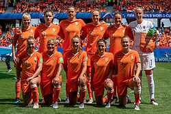 15-06-2019 FRA: Netherlands - Cameroon, Valenciennes<br /> FIFA Women's World Cup France group E match between Netherlands and Cameroon at Stade du Hainaut / Team Netherlands Kika van Es #5 of the Netherlands, Dominique Bloodworth #20 of the Netherlands, Anouk Dekker #6 of the Netherlands, Vivianne Miedema #9 of the Netherlands, Sherida Spitse #8 of the Netherlands, Sari van Veenendaal #1 of the Netherlands, Jackie Groenen #14 of the Netherlands, Shanice van de Sanden #7 of the Netherlands, Lieke Martens #11 of the Netherlands, Daniëlle van de Donk #10 of the Netherlands, Desiree van Lunteren #2 of the Netherlands