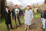 David Kirke at the First human trebuchet. Neverstowey. 24 April 2000<br />© Copyright Photograph by Dafydd Jones 66 Stockwell Park Rd. London SW9 0DA Tel 020 7733 0108 www.dafjones.com