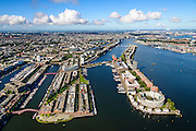 Nederland, Noord-Holland, Amsterdam, 27-09-2015; voormalig Oostelijke Havengebied. Vlnr  Entrepothaven, Borneo-eiland (Borneoeiland), Spoorwegbassin, Sporenburg, Ertshaven, KNSM eiland met Java eiland in het verschiet en Het IJ.<br /> Former Eastern Docklands, newly developed area, modern architecture and urban developement. <br /> luchtfoto (toeslag op standard tarieven);<br /> aerial photo (additional fee required);<br /> copyright foto/photo Siebe Swart