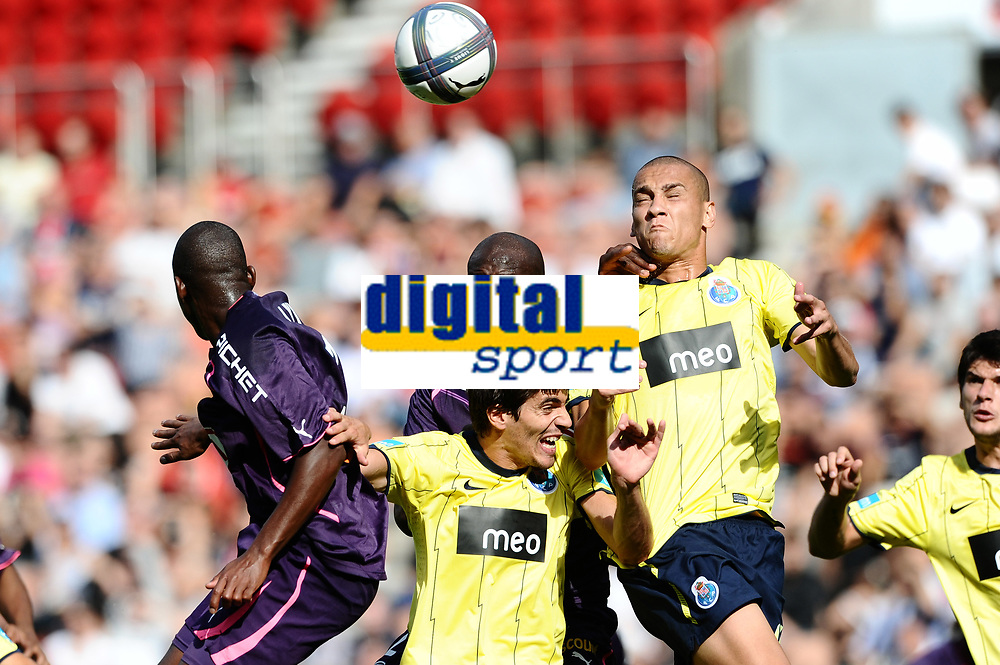 FOOTBALL - TOUNOI DE PARIS 2010 - FC PORTO v GIRONDINS BORDEAUX - 1/08/2010 - PHOTO GUY JEFFROY / DPPI - MAICON ROQUE (POR)