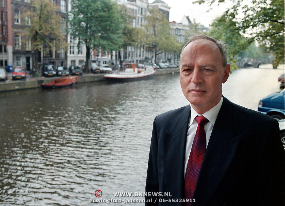 Fred Bˆttcher, voorzitter effectenhuis van der Moolen Amsterdam