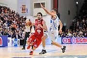 DESCRIZIONE : Campionato 2014/15 Serie A Beko Dinamo Banco di Sardegna Sassari - Giorgio Tesi Group Pistoia<br /> GIOCATORE : Ariel Filloy<br /> CATEGORIA : Palleggio Penetrazione<br /> SQUADRA : Giorgio Tesi Group Pistoia<br /> EVENTO : LegaBasket Serie A Beko 2014/2015 <br /> GARA : Dinamo Banco di Sardegna Sassari - Giorgio Tesi Group Pistoia<br /> DATA : 01/02/2015 <br /> SPORT : Pallacanestro <br /> AUTORE : Agenzia Ciamillo-Castoria/C.Atzori <br /> Galleria : LegaBasket Serie A Beko 2014/2015