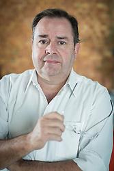 O CEO da Avazon - Customização de Automóveis, Eduardo Giez Estima no seu escritório, em Porto Alegre. FOTO: Jefferson Bernardes/ Agência Preview
