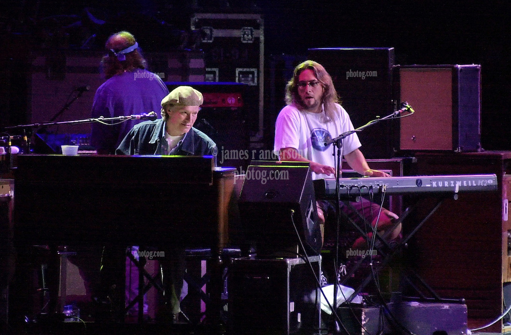 Steve Winwood and Jeff Chiment performing with The Dead. In concert at the Hartford Meadows 21 June 2003