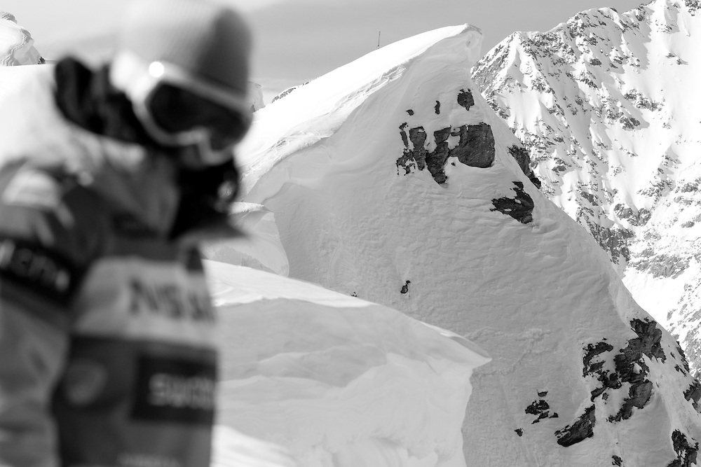 EVENT: NISSAN FREERIDE DE CHAMONIX-MONT-BLANC 2011 BY SWATCH.Freeride World Tour 2011 - Six locations around the world, Chamonix Mont-Blanc, Engadin St Moritz, Sochi, Kirkwood, Fieberbrunn and Verbier have been selected for the 4th edition of the Freeride World Tour..The planet's top freeride skiers and snowboarders, men and women travel around the world to prove their skills on some of the most challenging faces..www.freerideworldtour.com