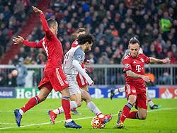 13.03.2019, Allianz Arena, Muenchen, GER, UEFA CL, FC Bayern Muenchen vs FC Liverpool, Achtelfinale, Rückspiel, im Bild v.l. Thiago Alcantara (FC Bayern), Mohamed Salah (FC Liverpool), Rafinha (FC Bayern) // during the UEFA Champions League round of 16, 2nd leg match between FC Bayern Muenchen and FC Liverpool at the Allianz Arena in Muenchen, Germany on 2019/03/13. EXPA Pictures © 2019, PhotoCredit: EXPA/ Johann Groder
