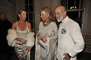 INDIA HICKS; PRINCESS MICHAEL OF KENT; PRINCE MICHAEL OF KEN, Nicky Haslam party for Janet de Bottona nd to celebrate 25 years of his Design Company.  Parkstead House. Roehampton. London. 16 October 2008.  *** Local Caption *** -DO NOT ARCHIVE-© Copyright Photograph by Dafydd Jones. 248 Clapham Rd. London SW9 0PZ. Tel 0207 820 0771. www.dafjones.com.