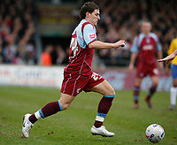 Photo: Steve Bond.<br />Scunthorpe United v Nottingham Forest. Coca Cola League 1. 10/03/2007. Billy Sharp attacks the Forest defence